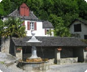 Fontaines d'Escot - Mineral water of Sarrance.